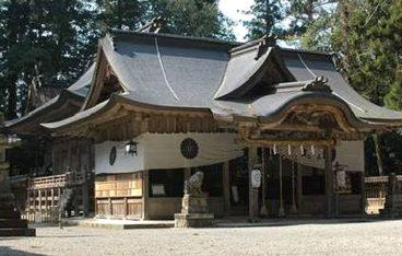 伊和神社社殿